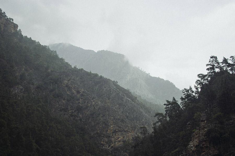 буря в горах