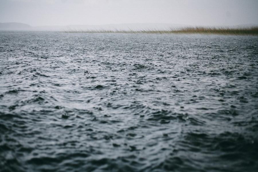 шторм на озере селигер